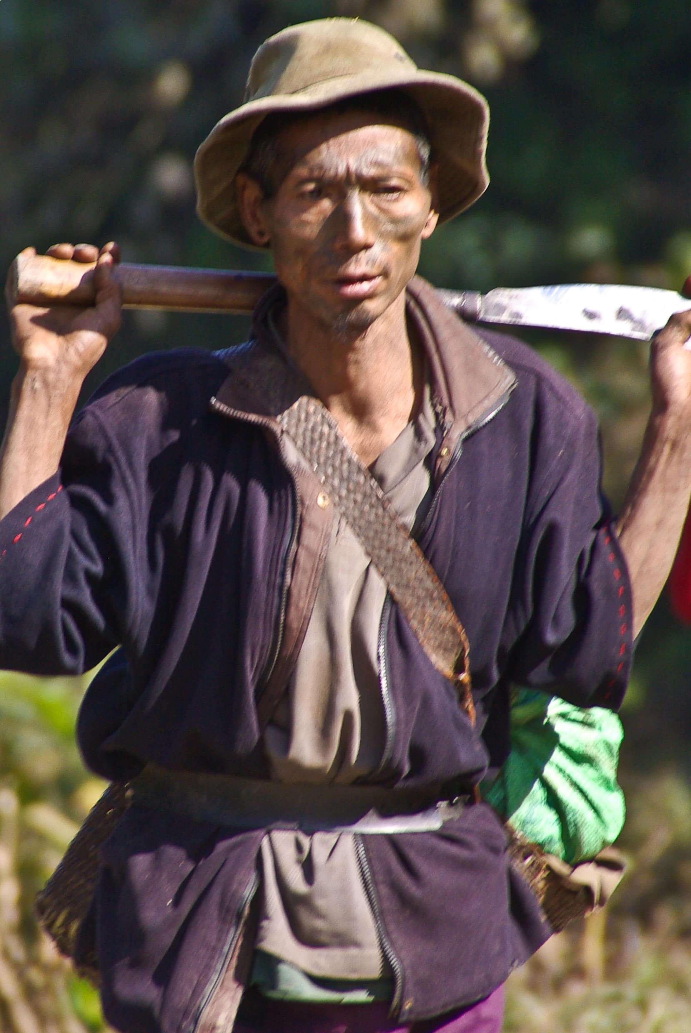 2009-49-longwa-naga-warriorlr